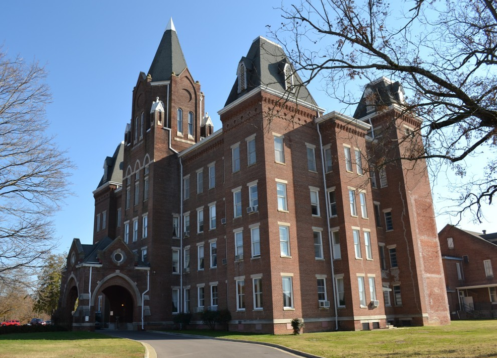 Tennessee S Spookiest Old Asylums Still Standing Today