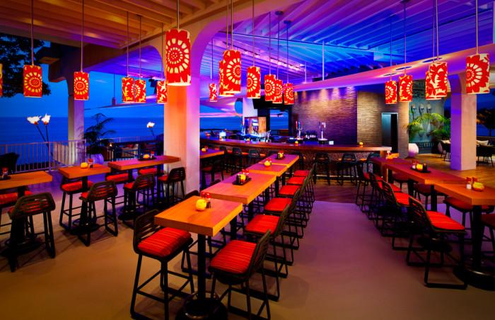 15 Unique Restaurants In Hawaii