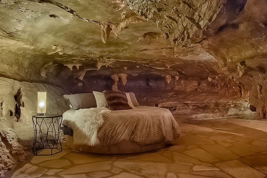 ajab-gajab-beckham_creek_cave_lodge-अजब-गजब-गुफा