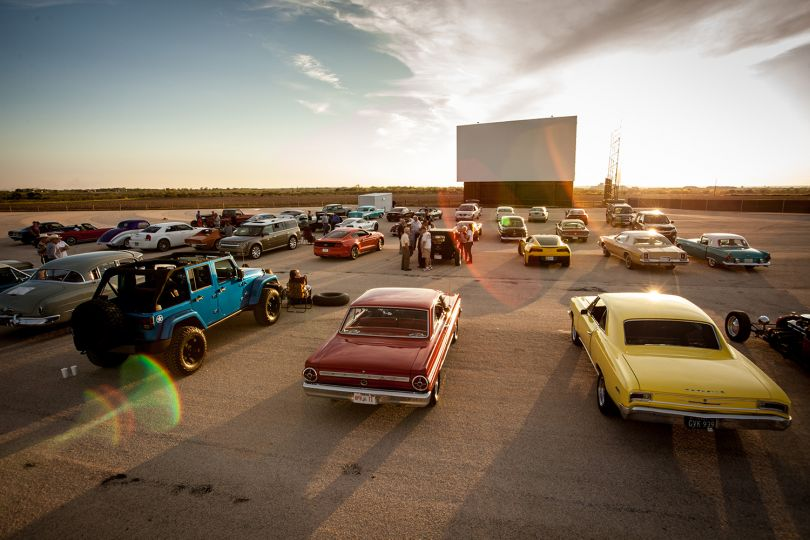10 Nostalgic Drive In Movie Theaters In Texas