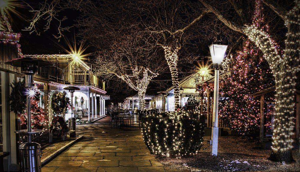 Milleridge Inn Christmas Village 2018.The Milleridge Inn In New York Is Unforgettably Charming
