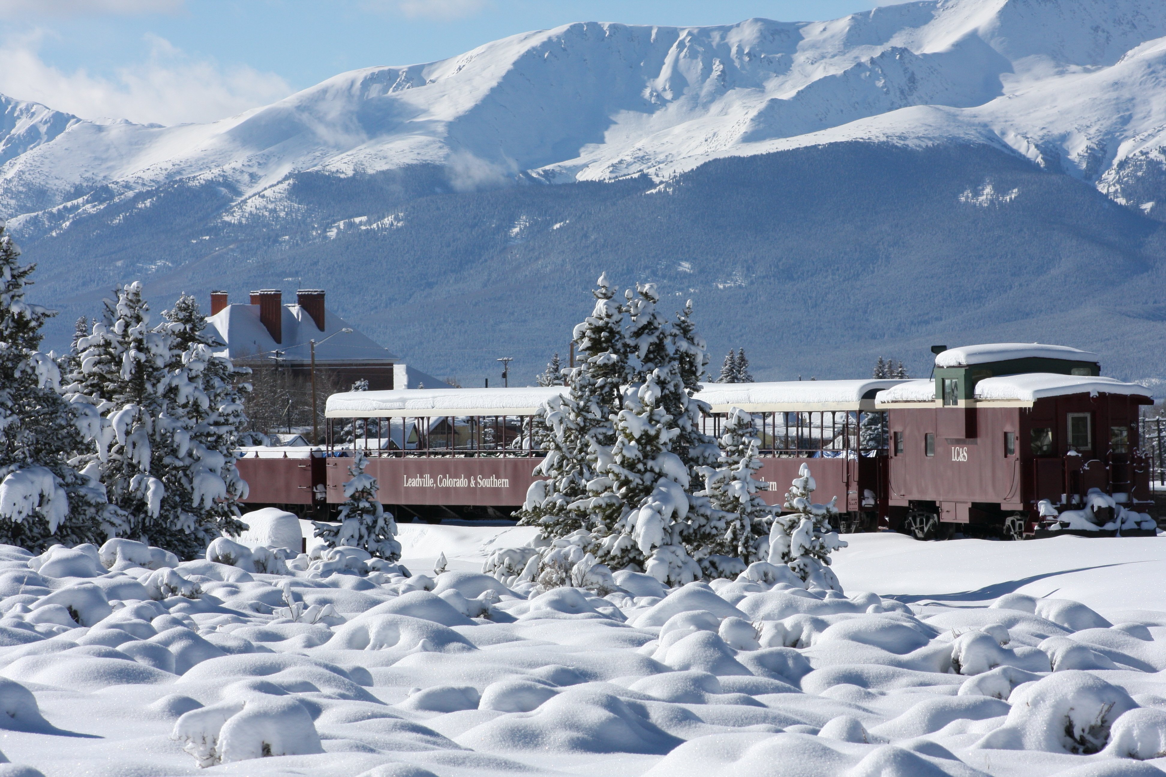 Christmas In Colorado Mountains.8 Best Christmas Towns Around Denver 2016