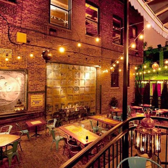 21 Of The Most Romantic Restaurants In Illinois