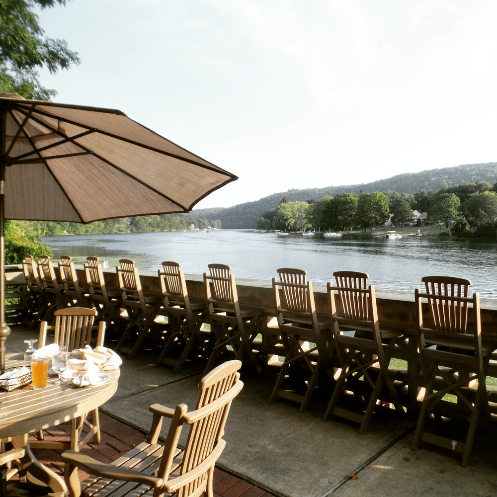 Enjoy You Food With Amazing Views At These 6 Connecticut