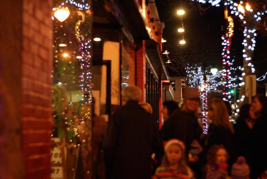 7 Rhode Island Holiday Craft Fairs