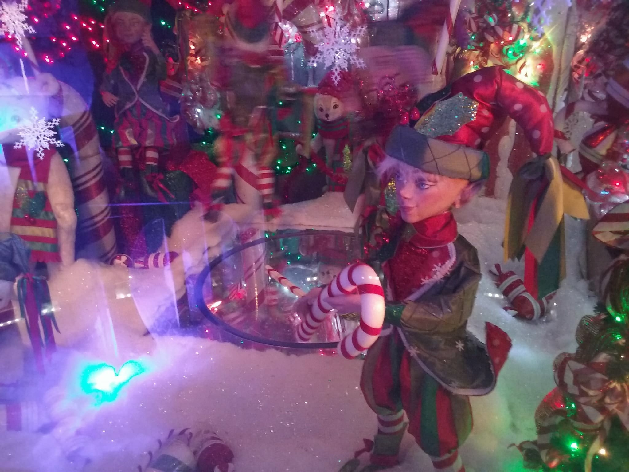 Spend Some Time Exploring The Indoor Christmas Cave In New Jersey