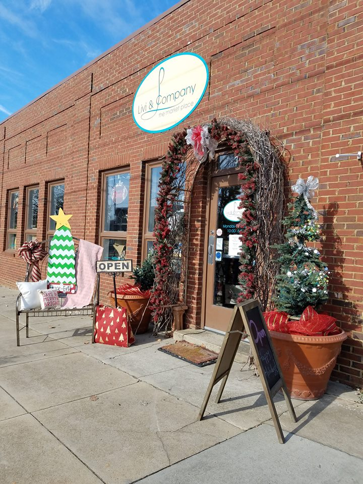 The Best Main Street At Christmas In Georgia Is In Thomasville