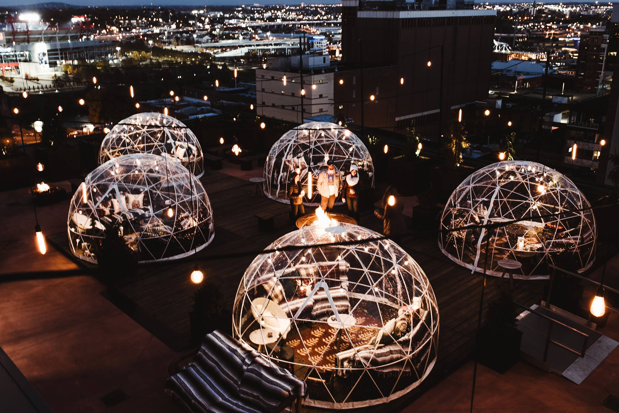 The Bobby Hotel In Tennessee Has Rooftop Igloos You Can ...