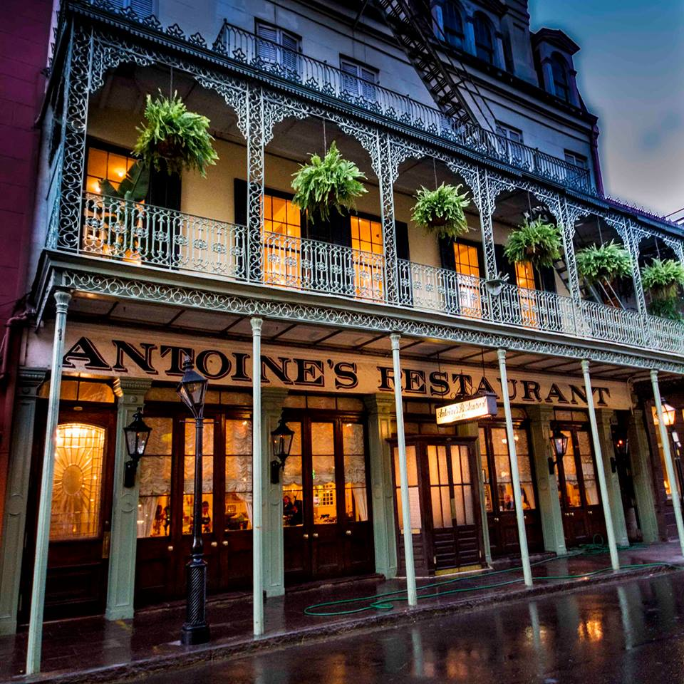 9 Outstanding Restaurants In New Orleans That Are Known For