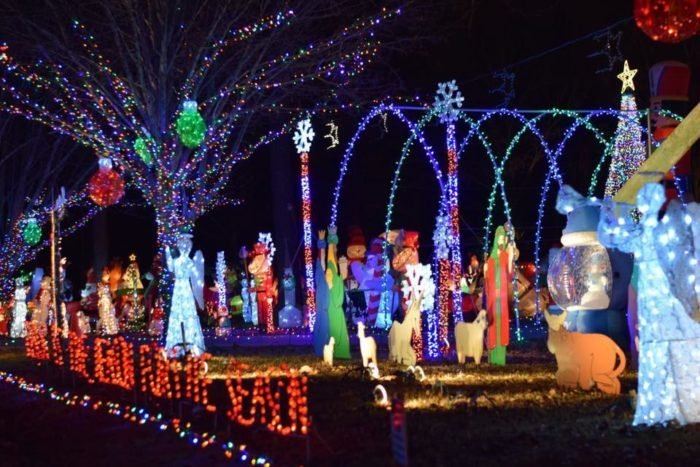 Southaven Ms Christmas Lights 2020 5 Of The Best Drive Thru Light Displays In Mississippi