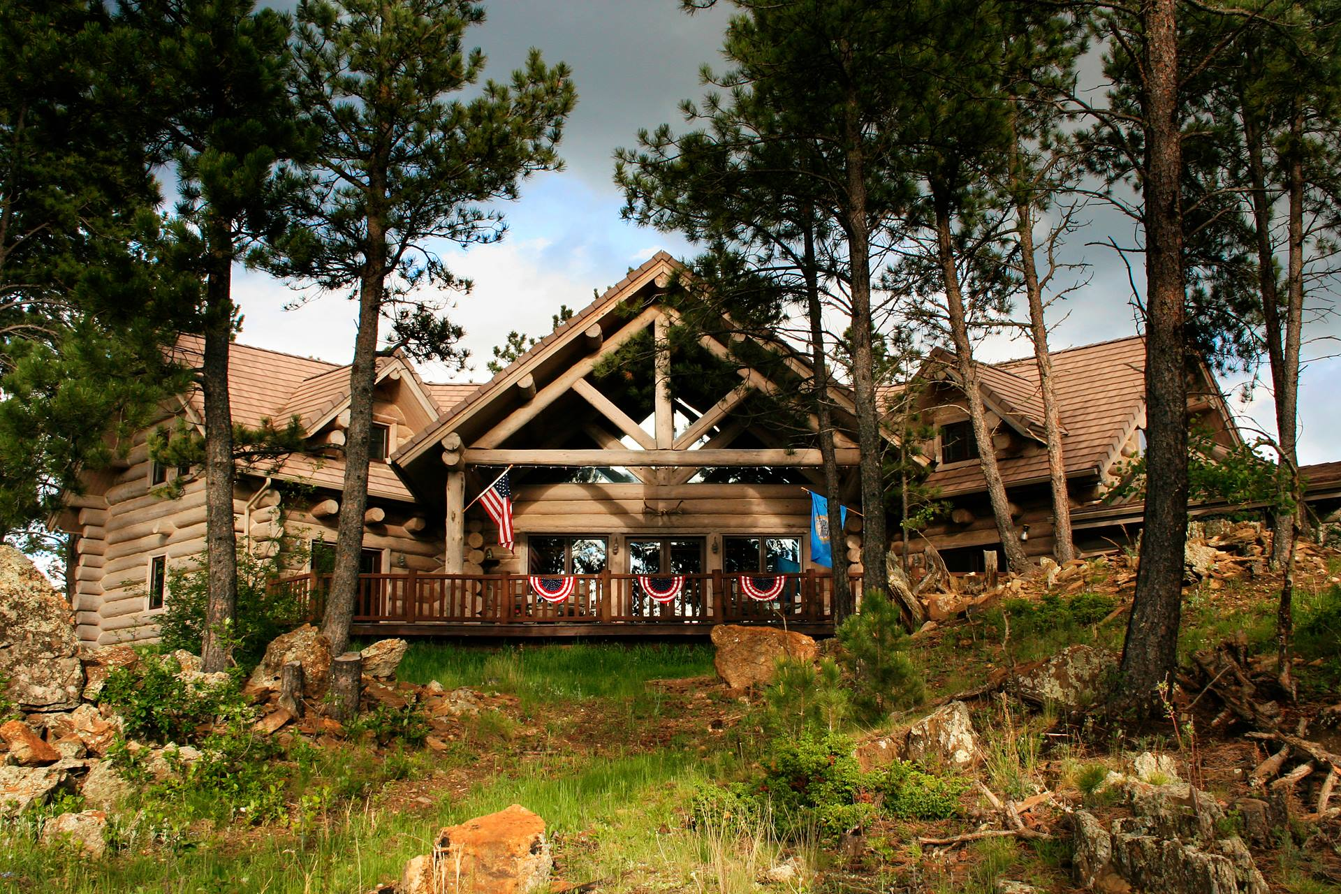 You'll Have A Front Row View Of South Dakota's Mount Rushmore At These Cozy Cabins