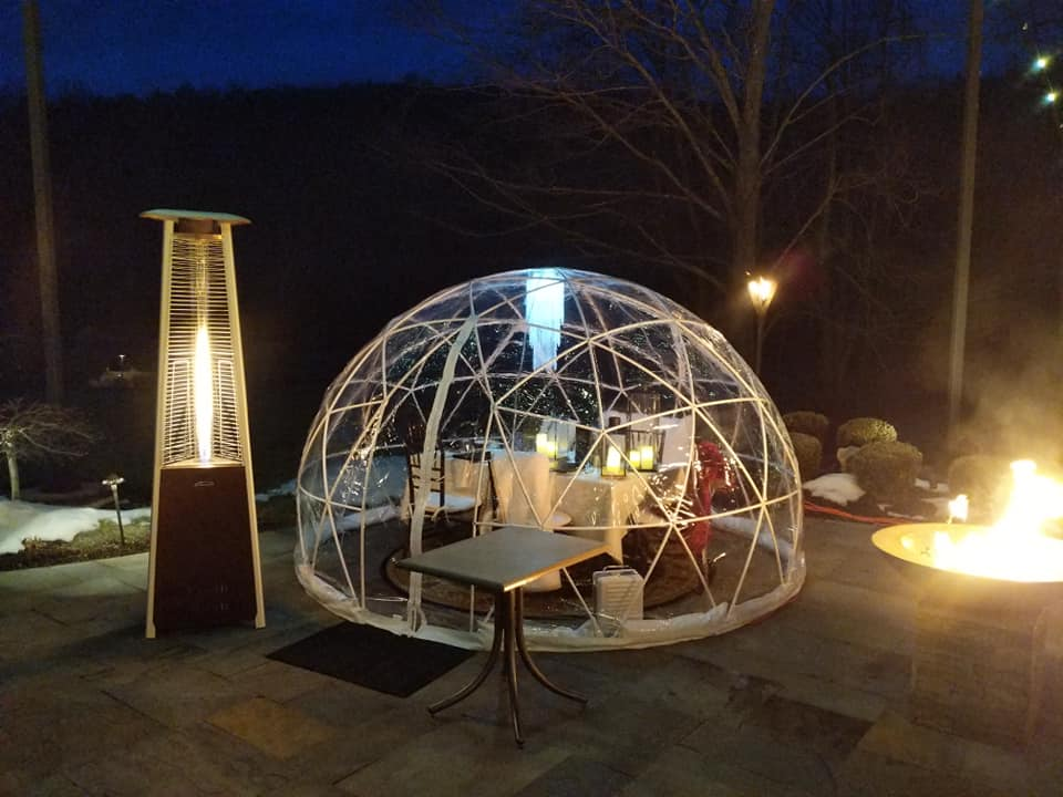 Spend A Clear Winter Night Under The Stars Inside The Beaumont Inn Igloos In Pennsylvania