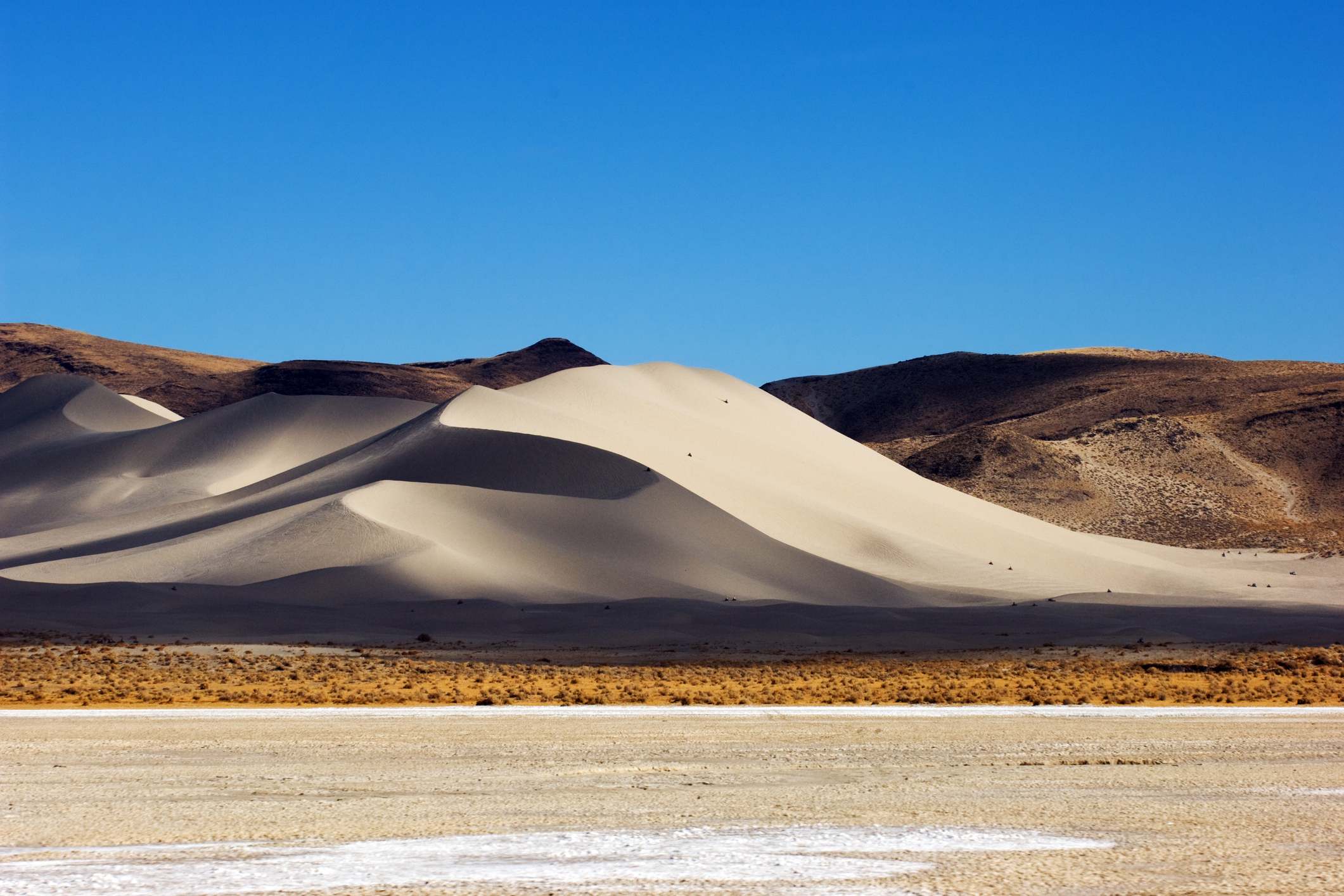 You Can Drive Up To Nevada's Amazing Natural Wonder Sand Mountain To See It With Your Own Eyes