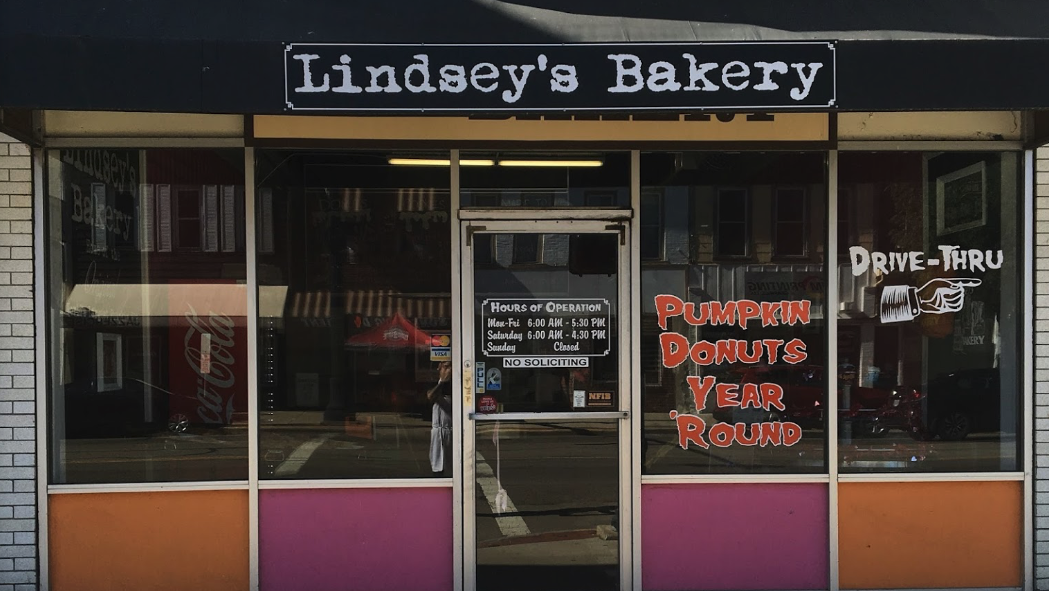 The Small Bakeshop, Lindsey's Bakery, In Ohio Has A Pumpkin Pie And Pumpkin Donut Recipe Known Around The World
