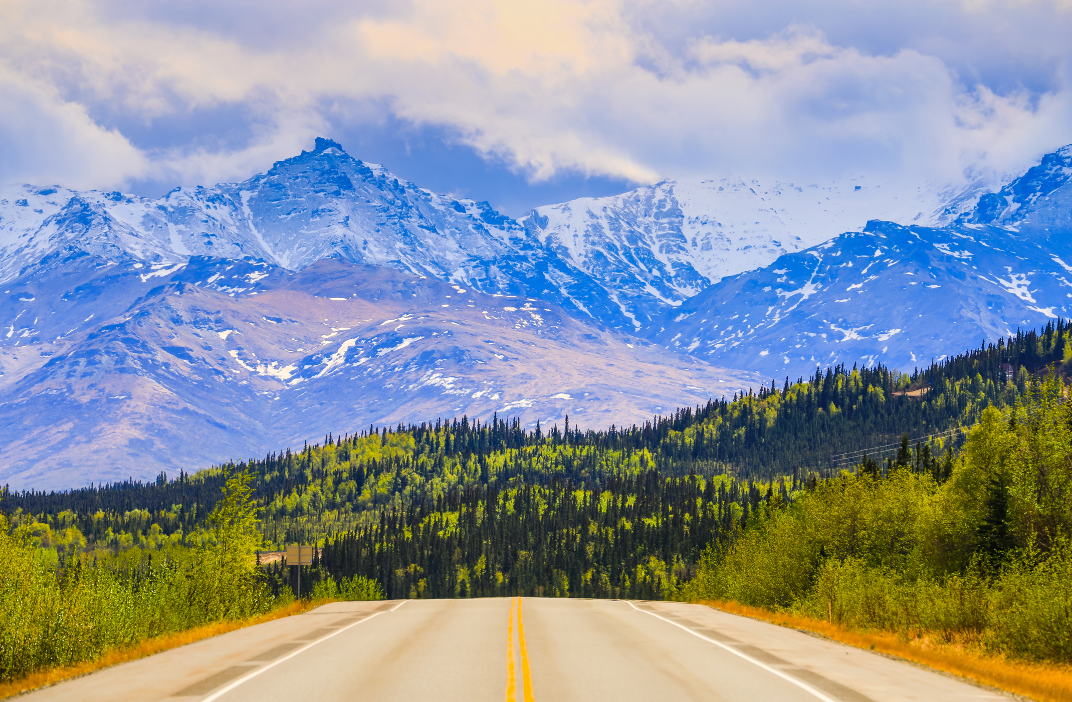10 Show-Stopping Photos That Show Why Locals Are In Love With Springtime In Alaska