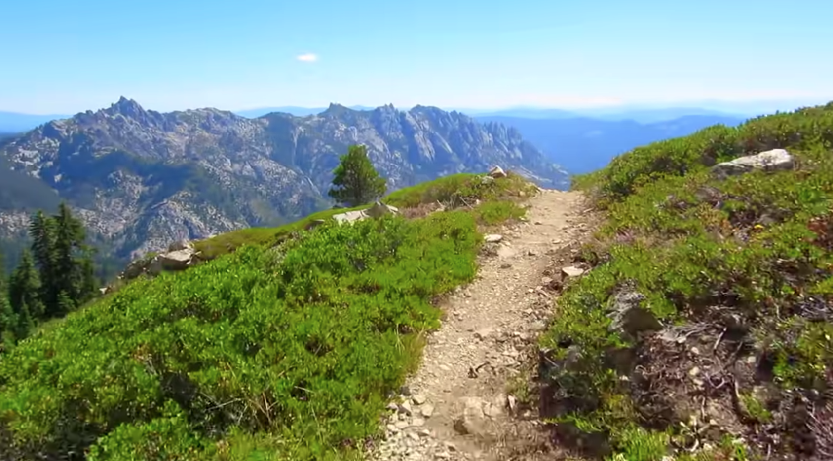 Take A 3-Minute Tour of This 2,660-Mile Trail That Goes Right Through Oregon