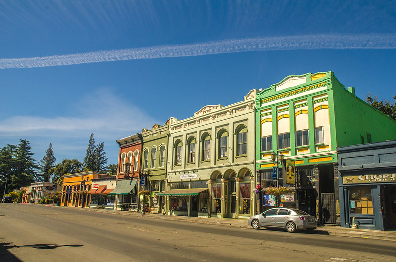 Plan A Trip To Lakeport, One Of Northern California's Best Small Towns