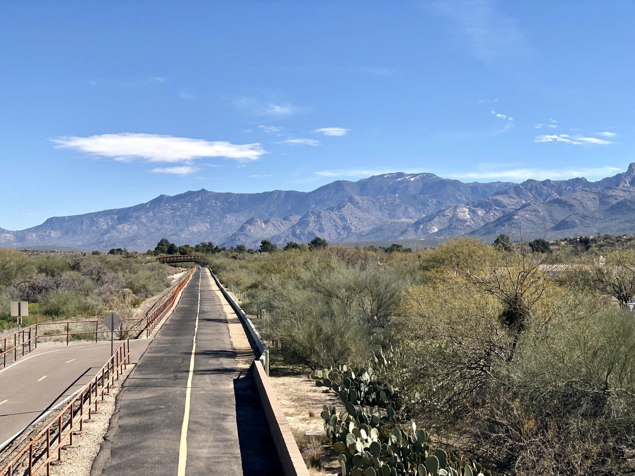 7 Paved And Beautiful Paths In Arizona That Are Perfect For A Family Bike Ride