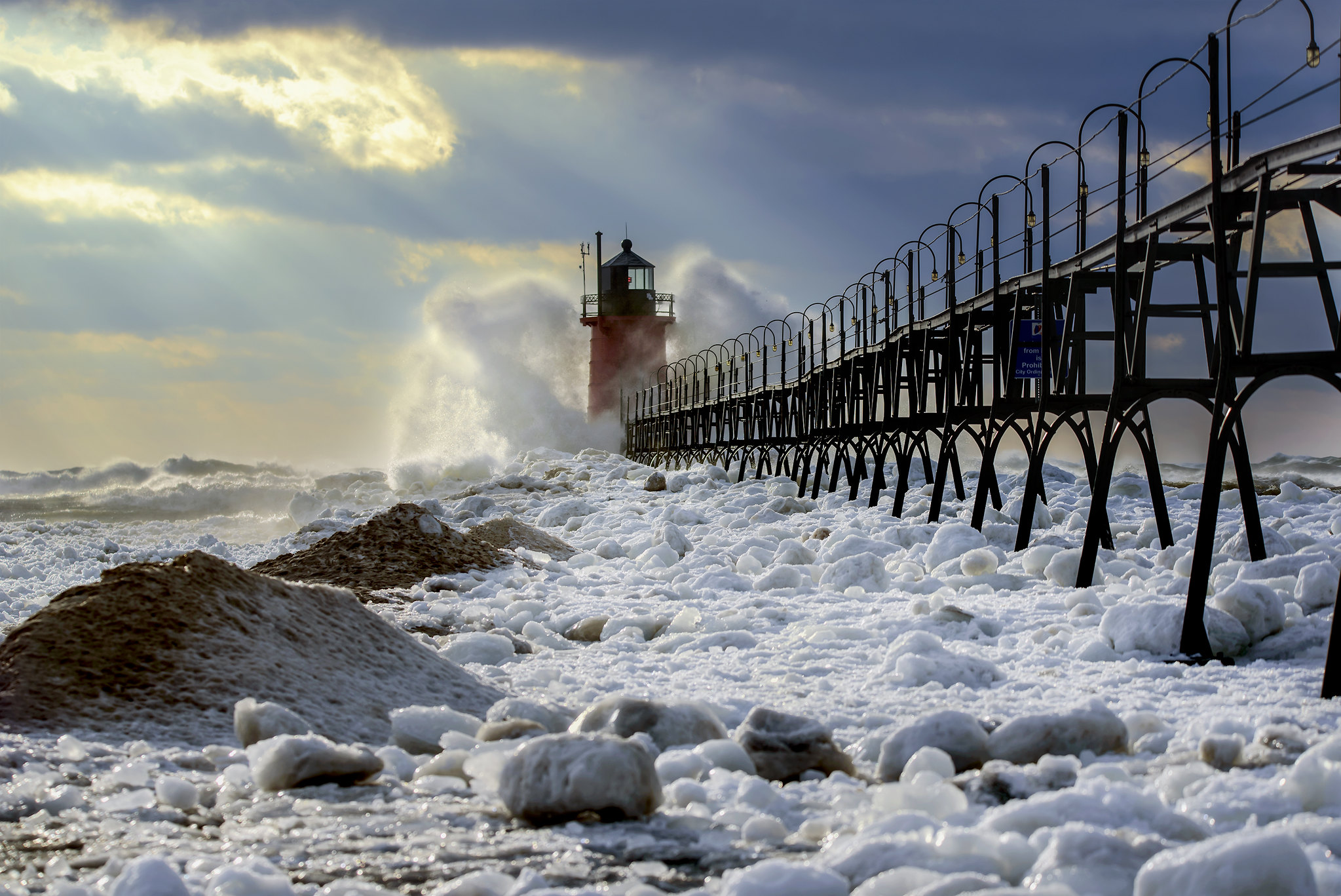 Michiganders Should Expect Ample Cold And Snow This Winter According To The Farmers' Almanac