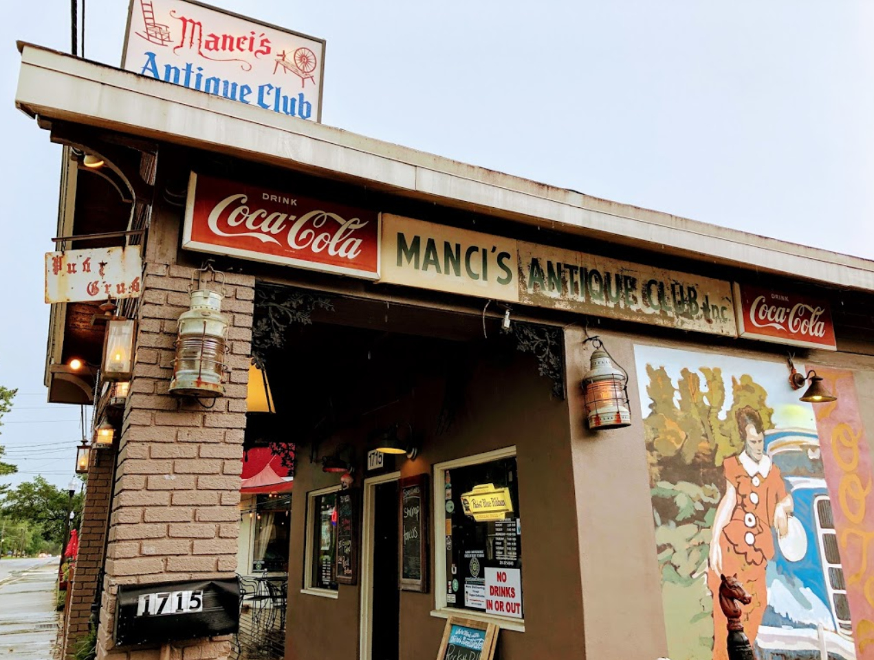 8 Dining Destinations In Alabama That Will Transport You To The Past