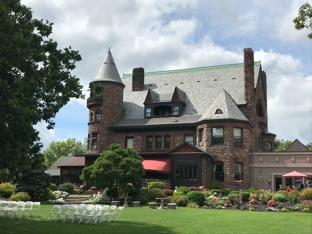 This Gorgeous Castle In New York Is Also A Restaurant, Winery, And Spa